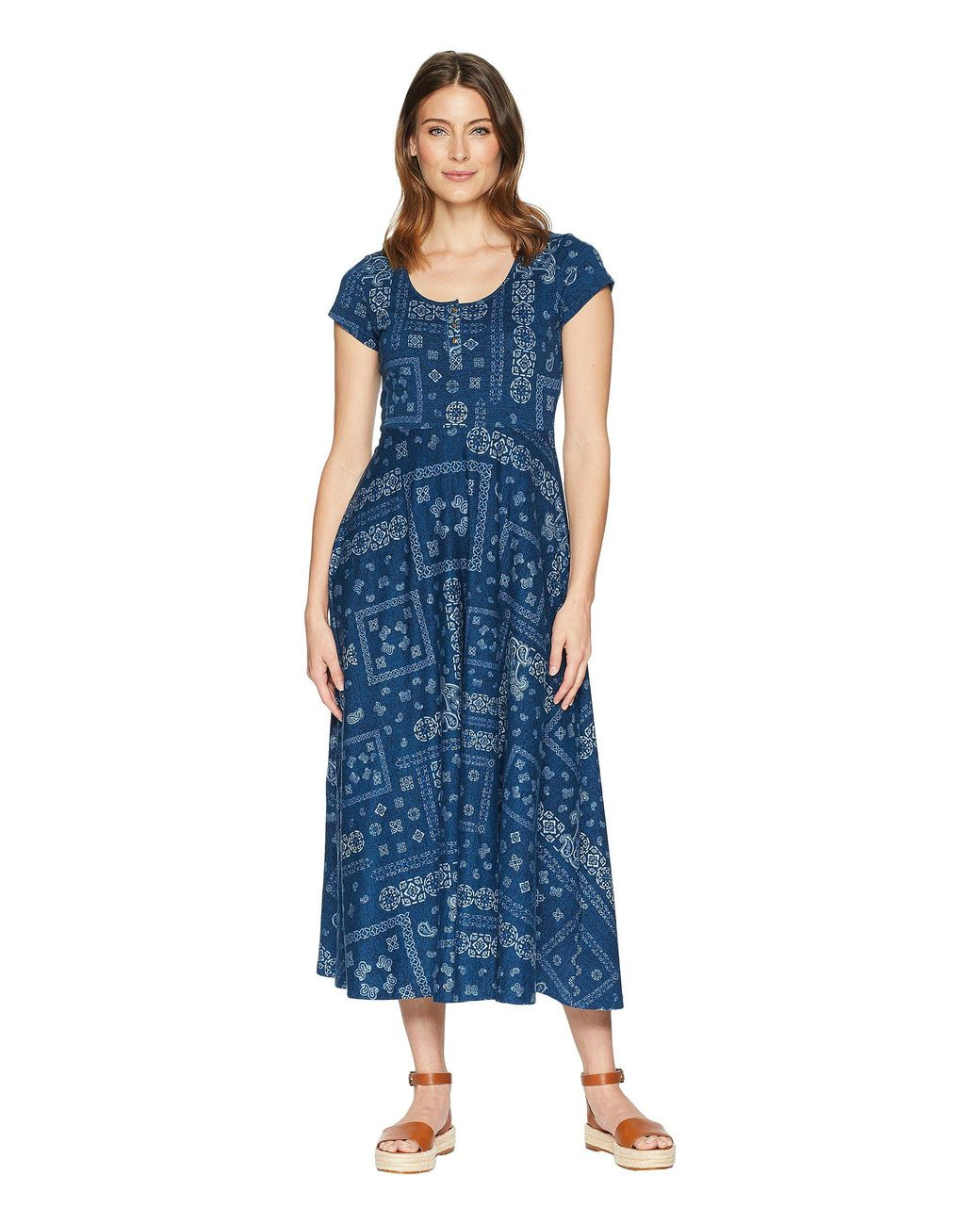 3992aa0e4ac Chaps Short Sleeve Bandanna Cotton Jersey Maxi Dress in Blue - Save 10% -  Lyst