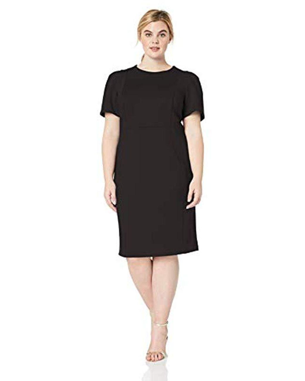 Women\'s Black Plus Size Short Sleeved Sheath With Princess Seams Dress