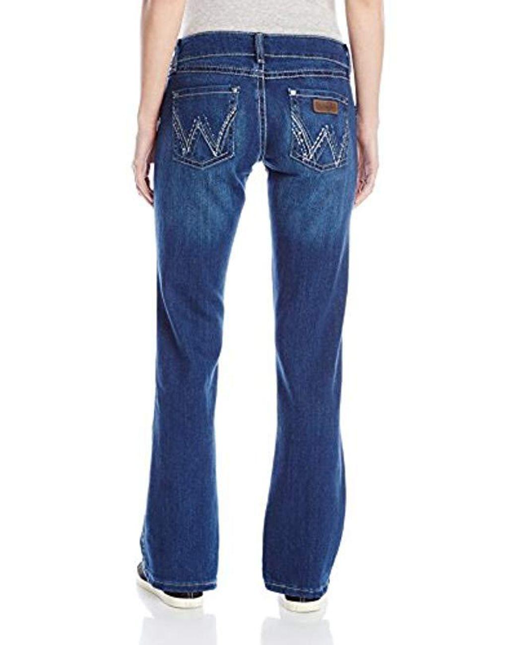 Wrangler Women/'s Premium Patch Sadie Sits At Hip Boot Cut Jean