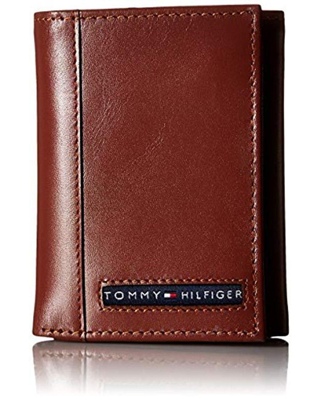 Tommy Hilfiger NEW Men/'s Bifold /& Valet Stitched Premium Leather Logo Wallet