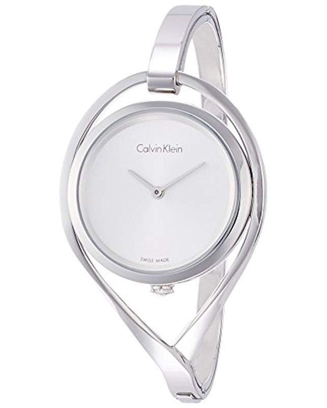 Reloj Analogico para Mujer de Cuarzo con Correa en Acero Inoxidable K6L2S116 de color negro