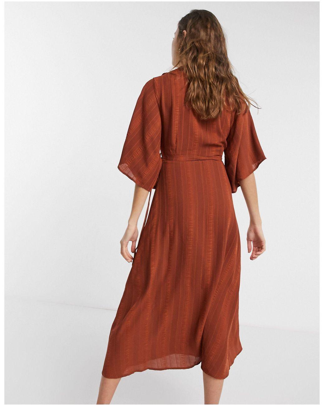 Liquorish Kimono Sleeve Wrap Midi Dress in Chocolate (Brown) - Lyst