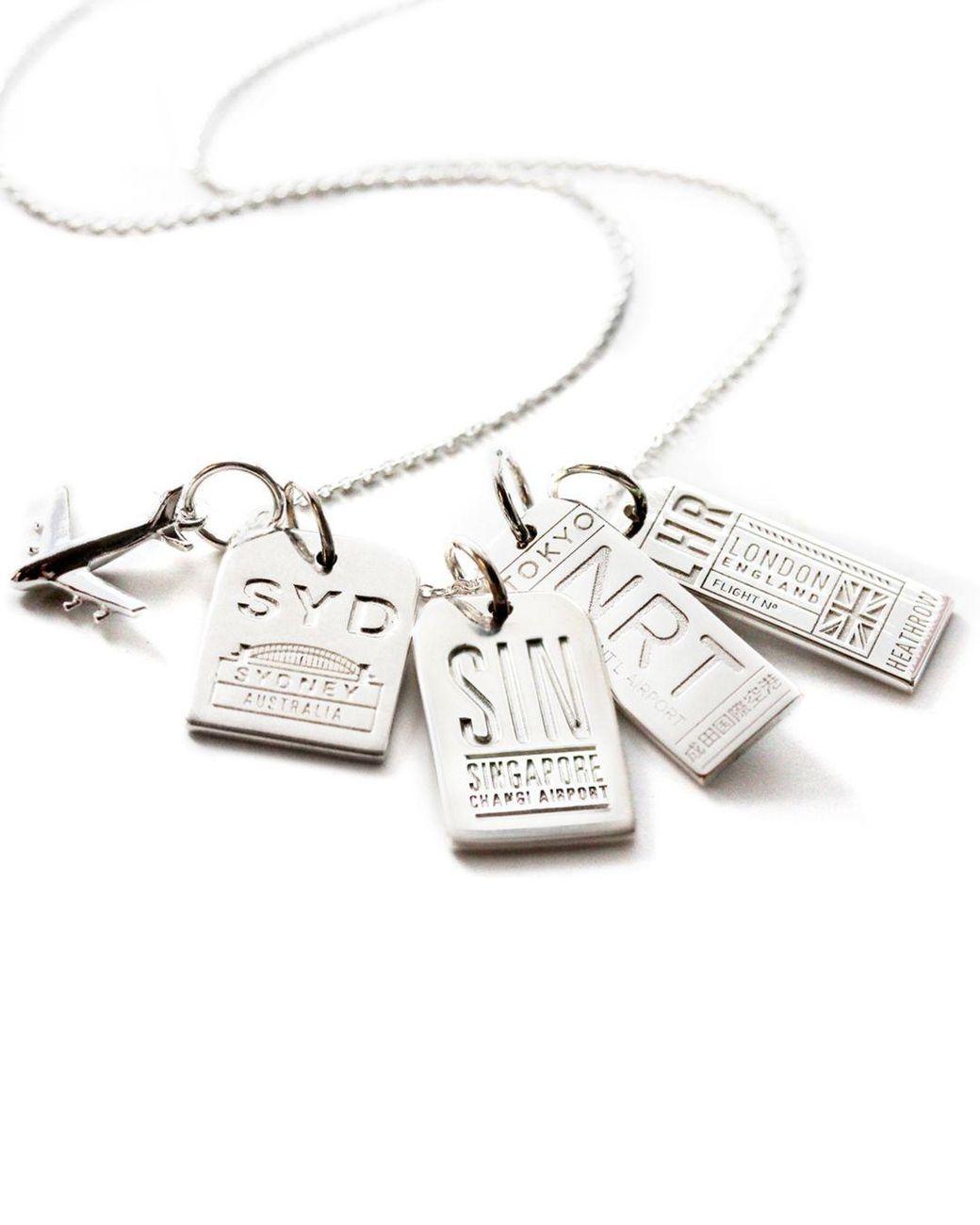 Wishrocks 14k Gold Over Sterling Silver Knuckles Pendant Necklace