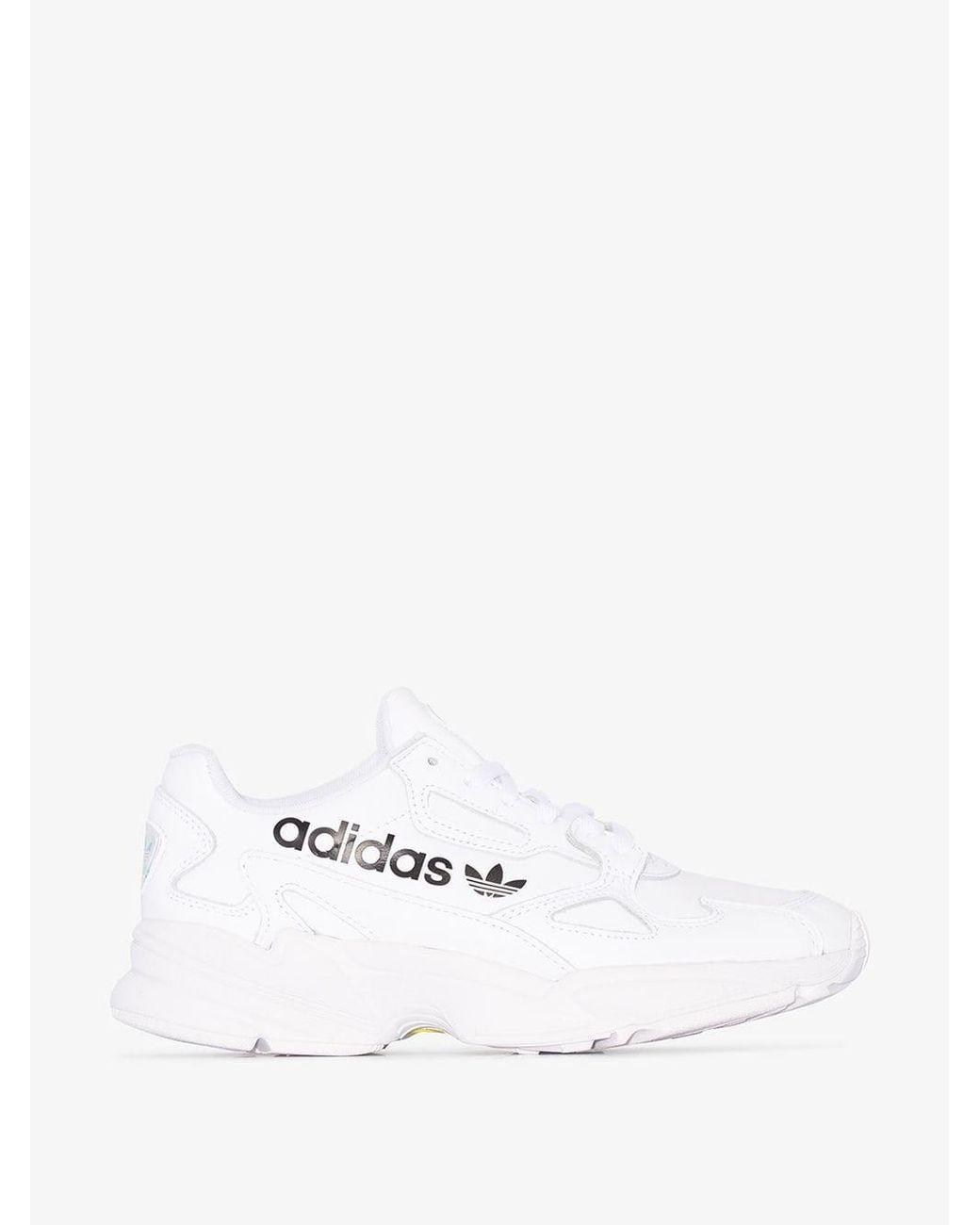 najlepszy dostawca na stopach zdjęcia profesjonalna sprzedaż adidas Synthetic White Talk The Type Falcon Low Top Sneakers ...