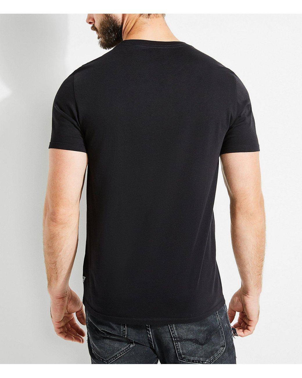 bfcd6c7070 Guess Short-sleeve Victorian Foiled Graphic Crew T-shirt in Black for Men -  Lyst