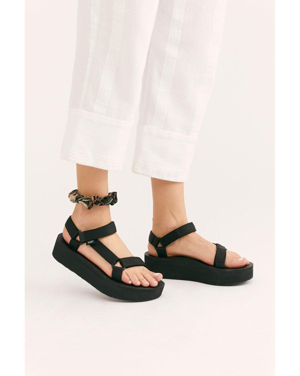2179b20ecfe Free People Flatform Universal Teva Sandal in Black - Lyst
