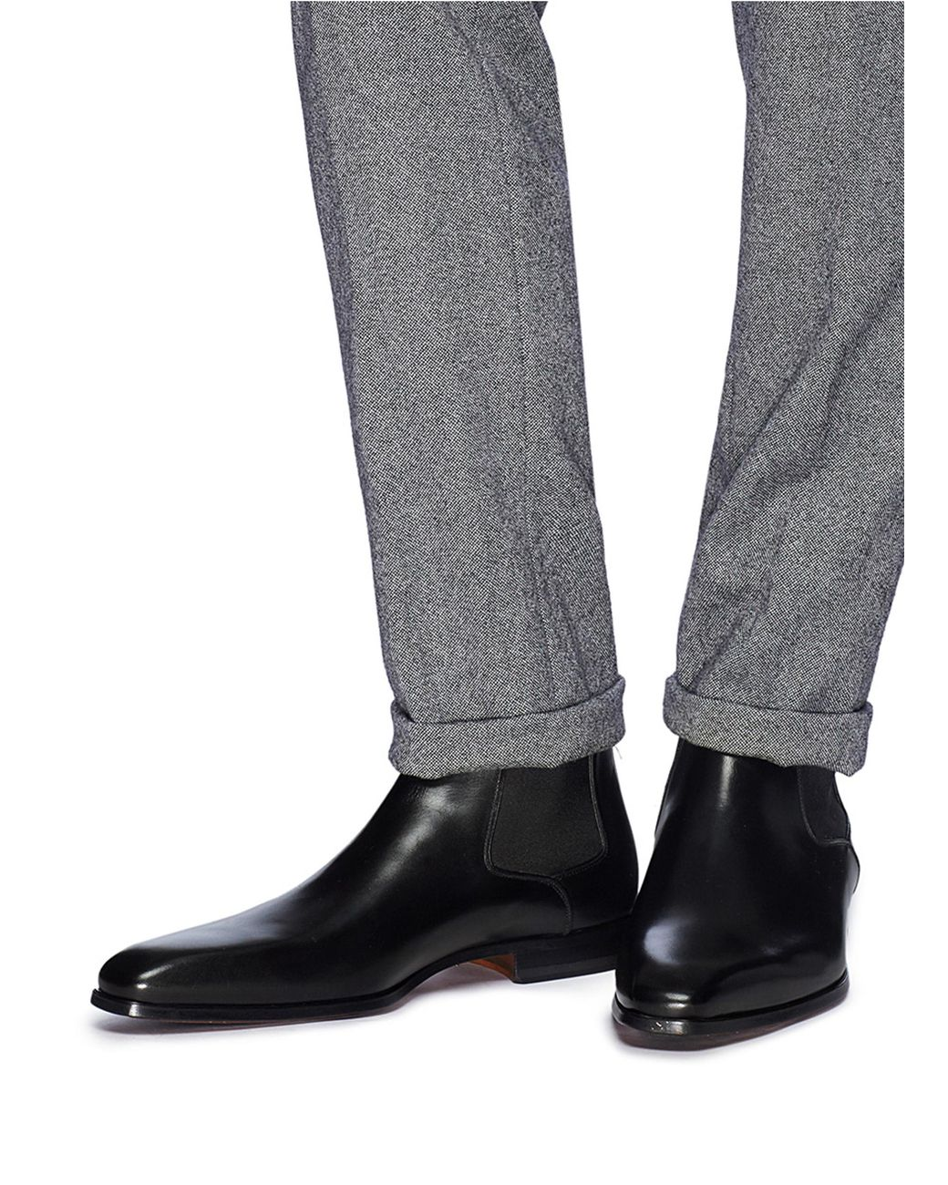 Magnanni Leather Chelsea Boots in Black