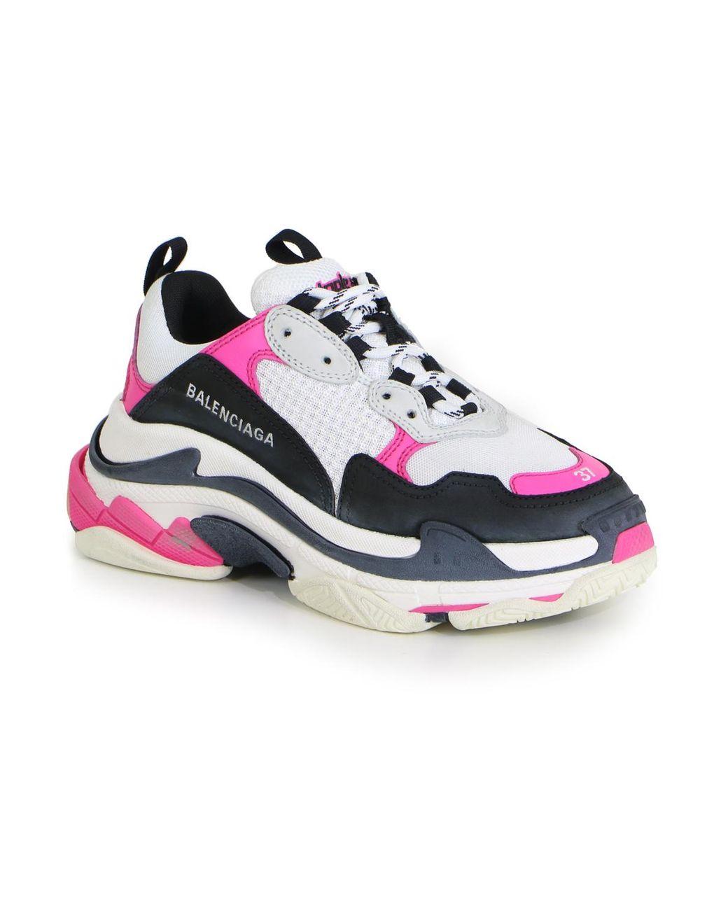 nouveau style e955a 5f16e Women's Triple S Sneaker Rose/black/white