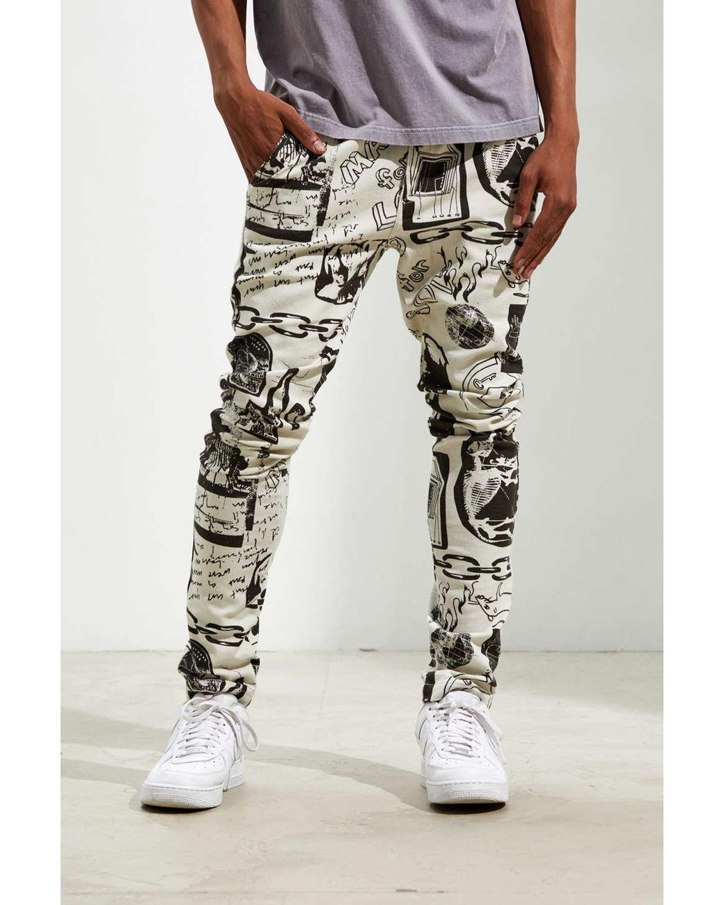 Men's Uo Outland Art Print Skinny Pant