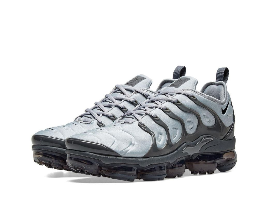 7aff562631e Lyst - Nike Air Vapormax Plus Trainers In Dark Grey in Gray for Men ...