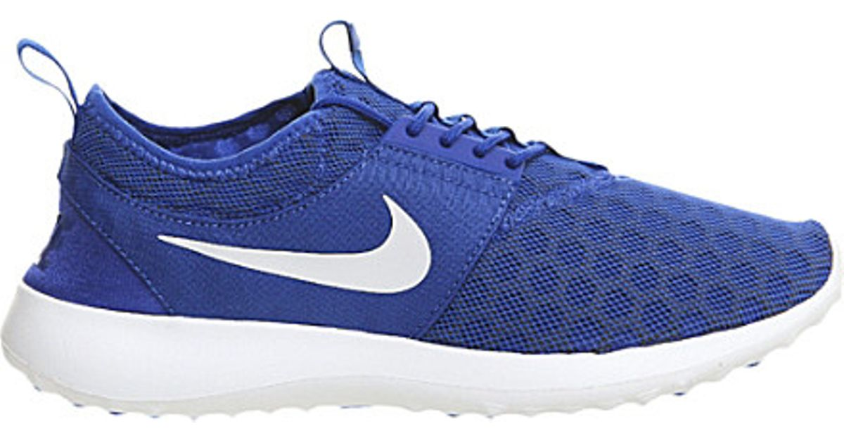 Nike Juvenate Mesh Trainers in Blue for