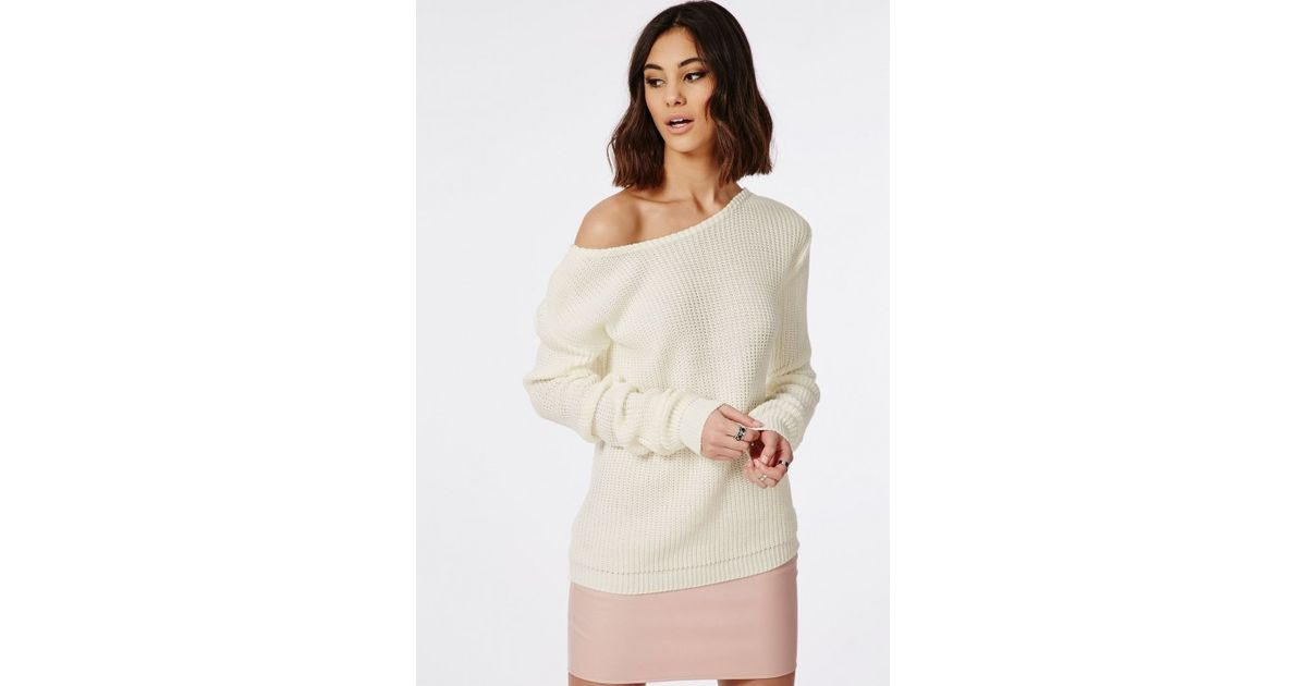 1c92a02b5bc Missguided - Natural Ophelita Off Shoulder Knitted Jumper Cream - Lyst