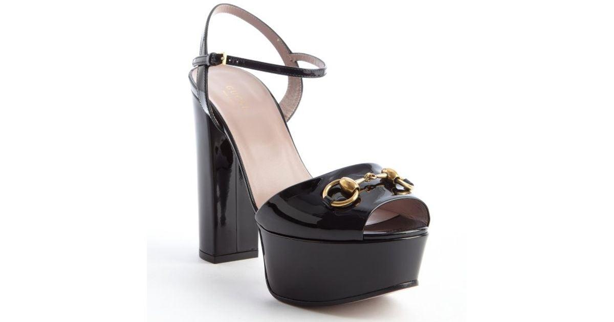 683cbe3fa18 Gucci Black Patent Leather Horsebit Platform Peep Toe Sandals in Black -  Lyst