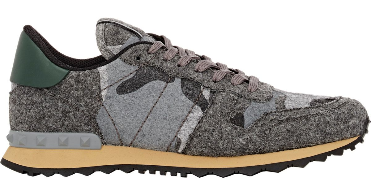 Valentino Camouflage Felt Rockrunner Sneakers In Gray For