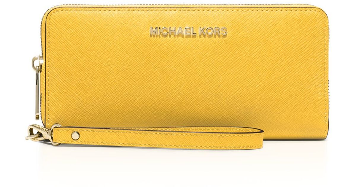 41d103b3a244 MICHAEL Michael Kors Wallet - Jet Set Travel Continental Saffiano in  Metallic - Lyst