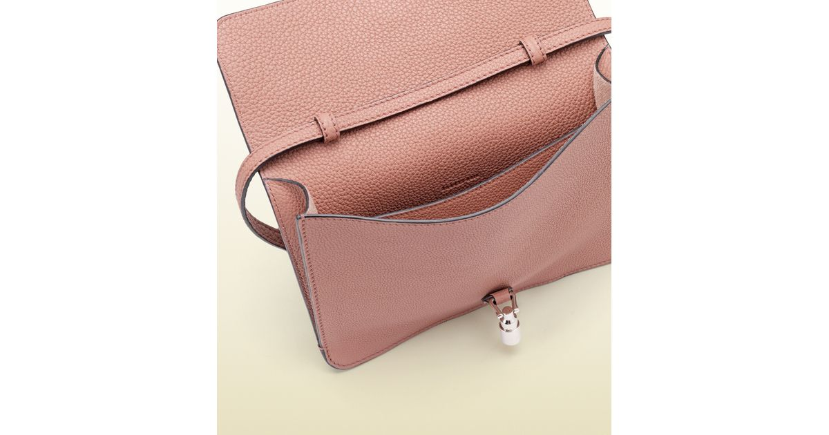 54adf086803 Lyst - Gucci Jackie Soft Leather Convertible Wallet in Pink
