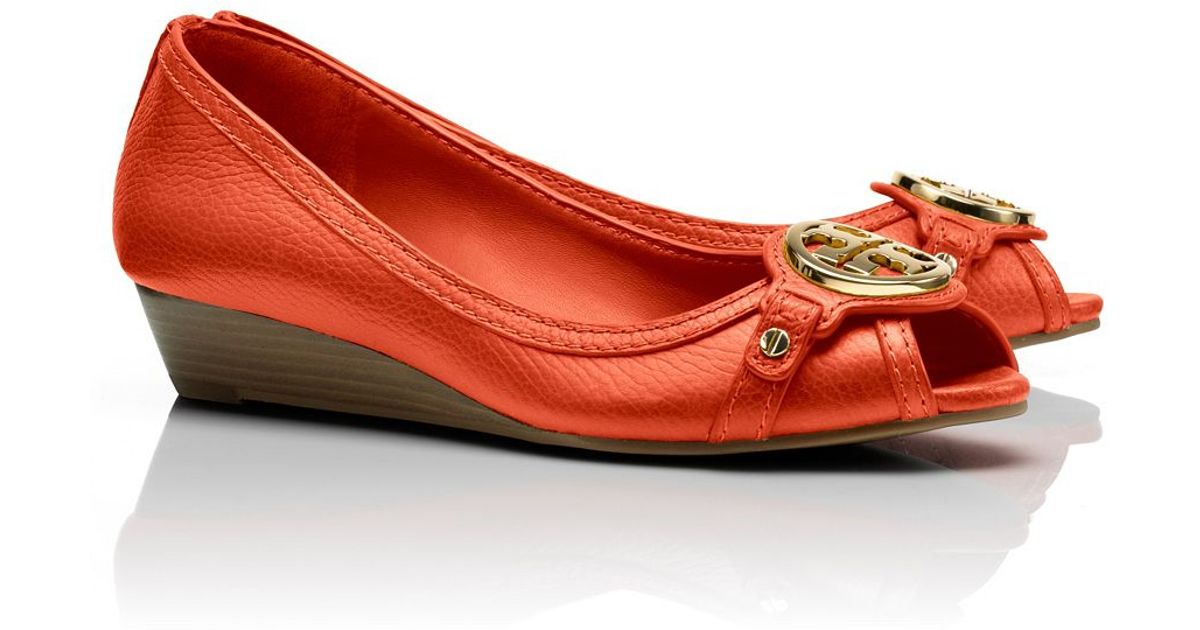 924d68f5f2be Lyst - Tory Burch Leticia Wedge in Red