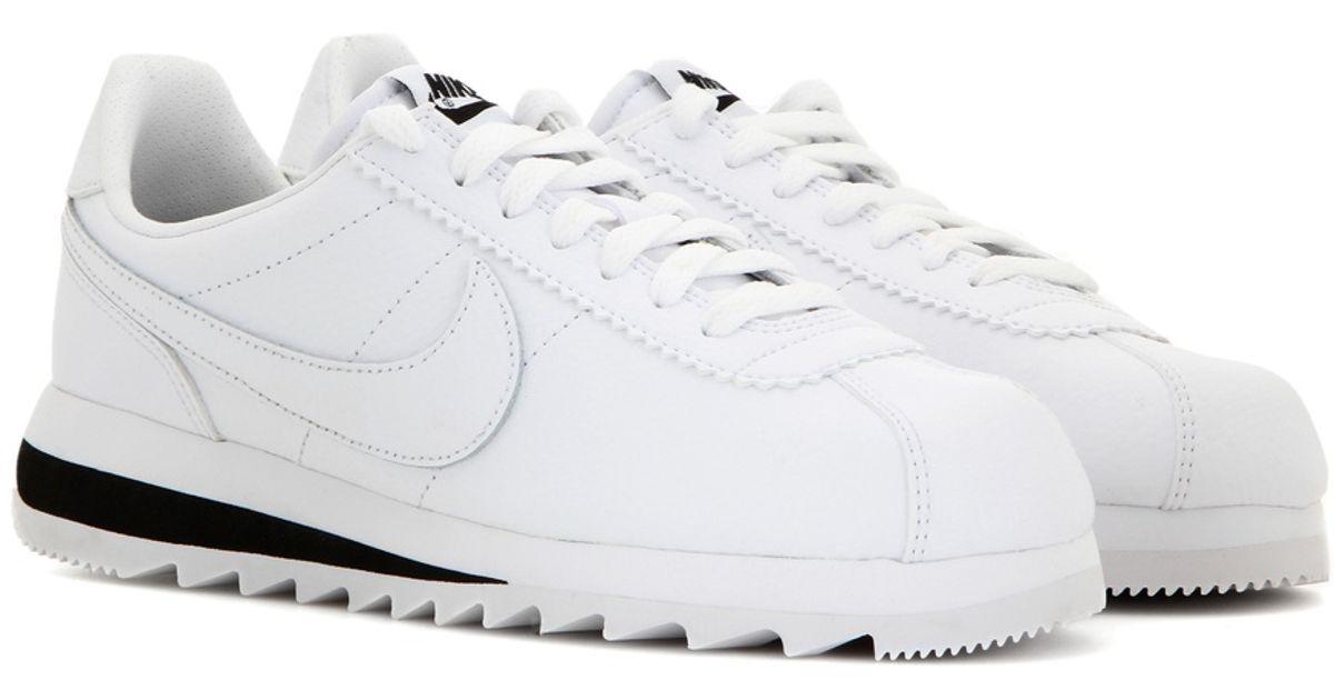 new styles e369b a1e4e Lyst - Nike Classic Cortez Epic Premium Leather Sneakers in