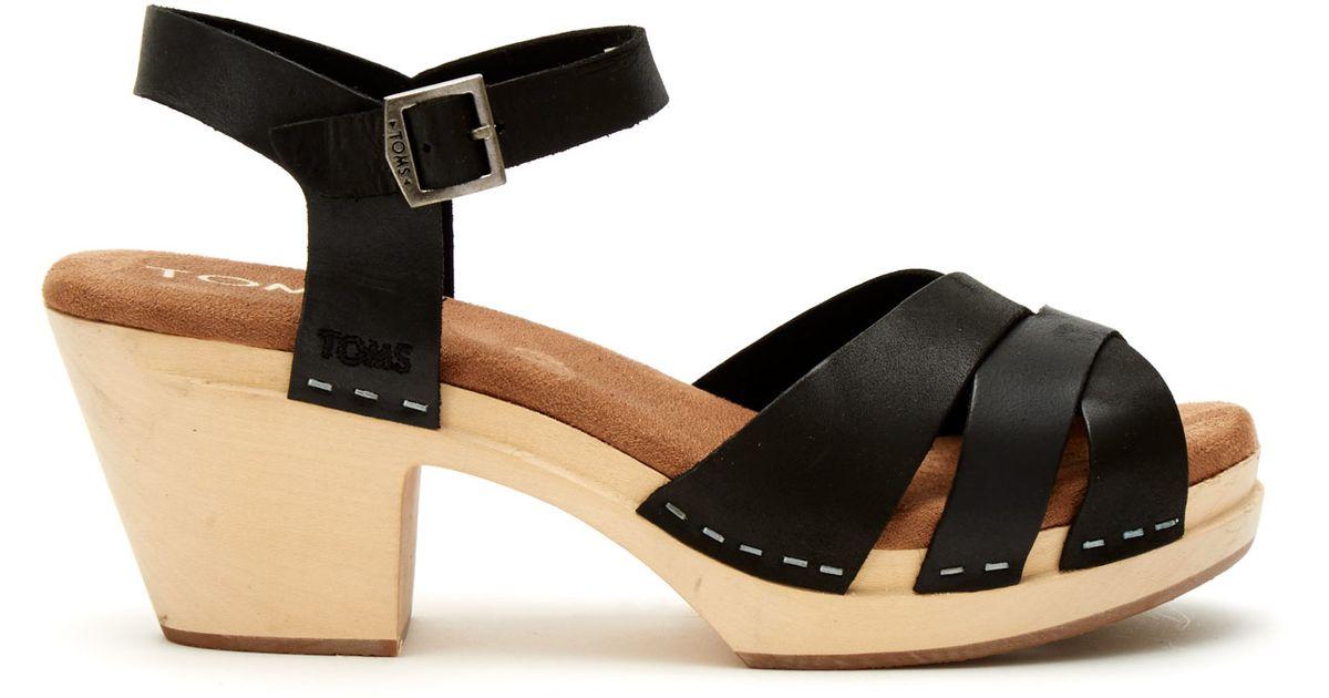 TOMS Black Leather Women's Beatrix Clog