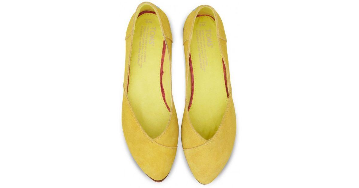 b1935c3be1b9 Lyst - TOMS Blazing Yellow Women S Jutti Flats in Yellow