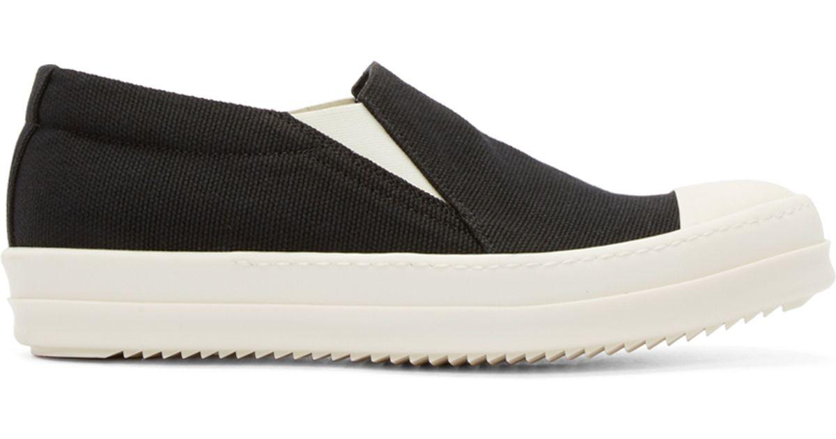 boat slip on shoes