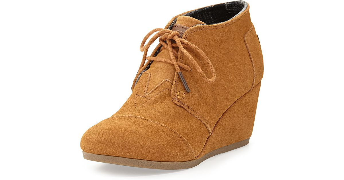 toms suede desert wedge boot in brown lyst