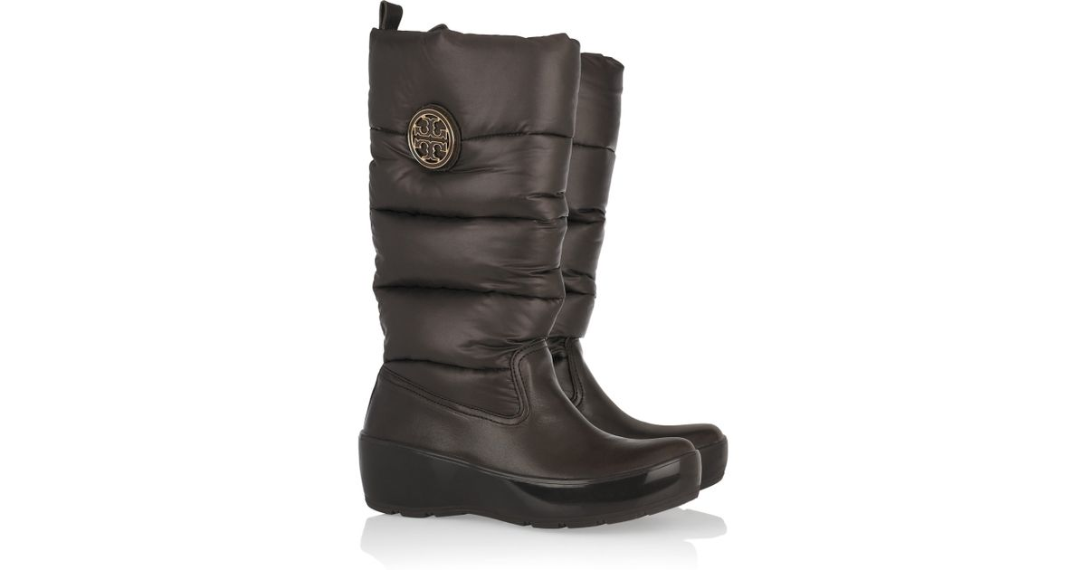 32dcbd1ff7c Tory Burch Puffer Quilted Boots in Brown - Lyst
