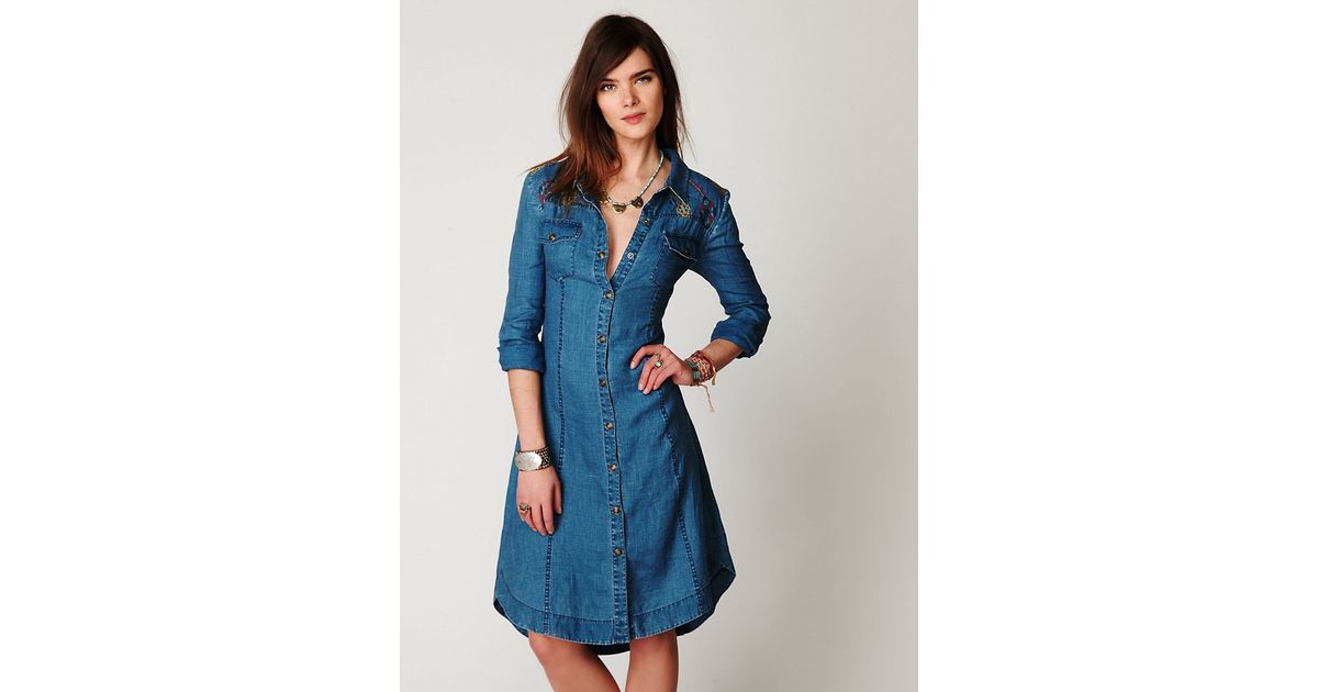 8ccefb718dd Lyst - Free People Linen Chambray Shirtdress in Blue