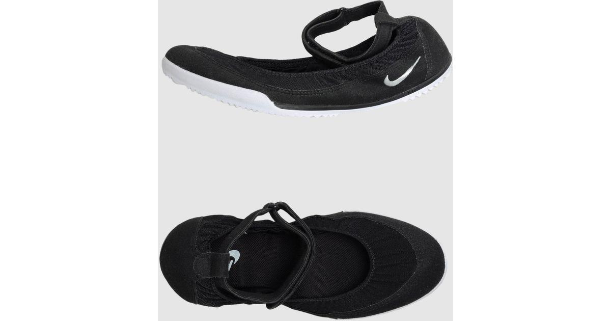 Nike Ballet Flats in Black - Lyst