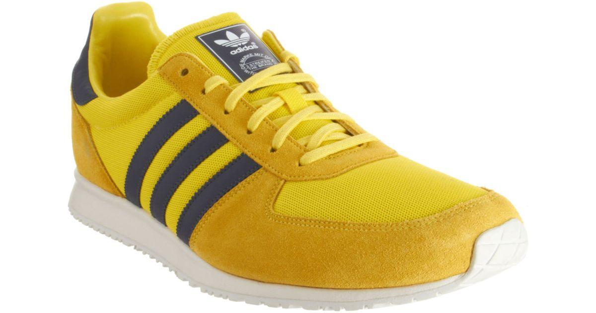 détaillant en ligne 465fb 8f71d Adidas Yellow Adistar Racer for men