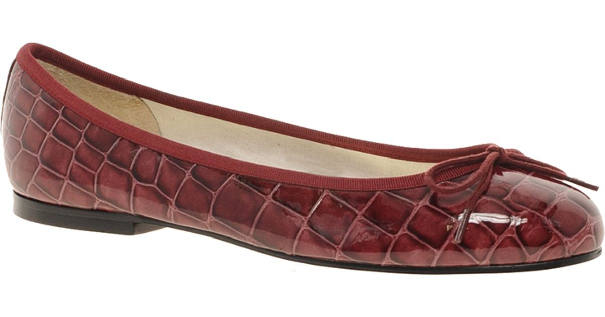 ced9f6c66 French Sole Henrietta Burgundy Croc Ballet Flats - Lyst