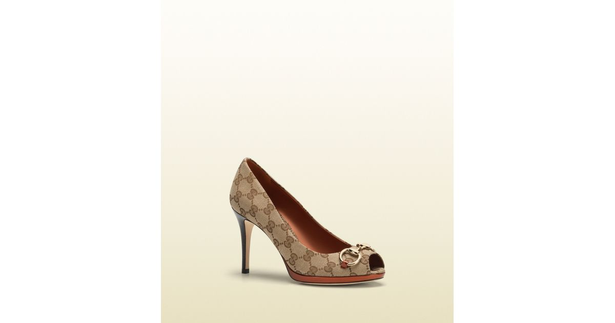 ea5c9f4c54c Lyst - Gucci New Hollywood Original Gg Canvas and Burnt Orange Leather Pump  in Natural
