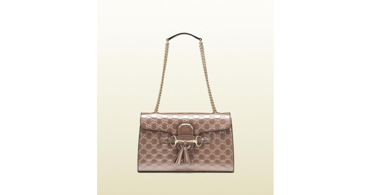 0b6743738f4 Lyst - Gucci Emily Light Pink Shiny Microguccissima Chain Shoulder Bag in  Metallic