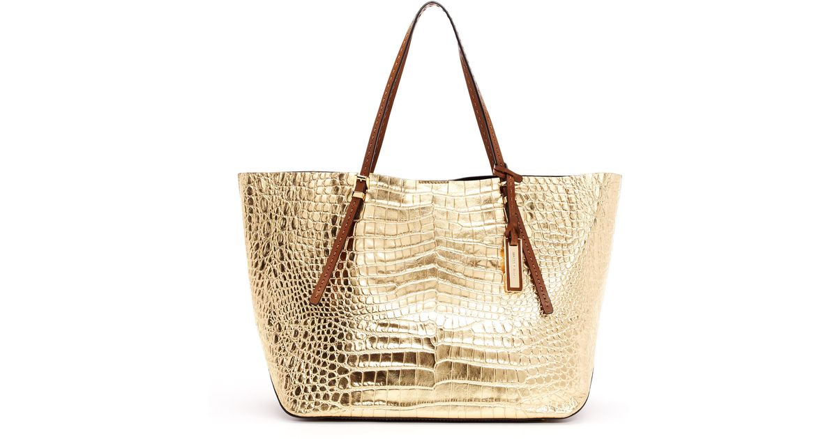 415be7e85086 ... new zealand lyst michael kors gia metallic crocodileembossed leather  tote bag in metallic 743be 95f8e