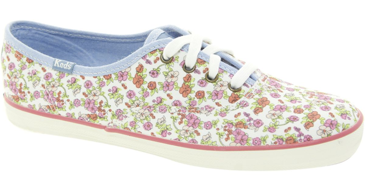 Keds Floral Plimsolls in White - Lyst