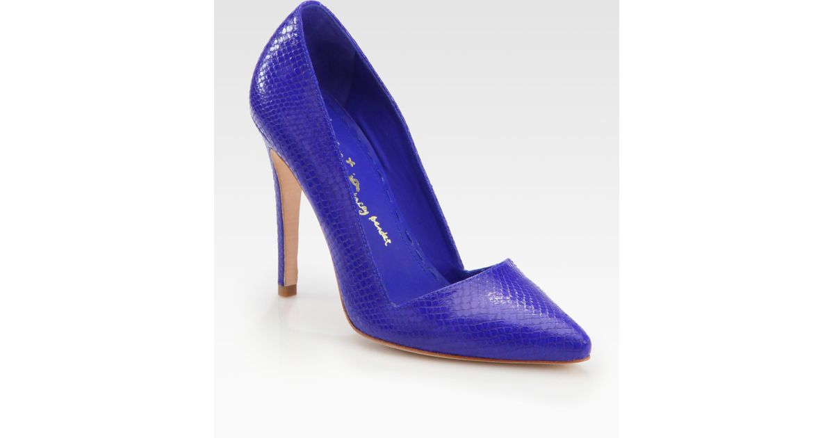 6879a39afdf Lyst - Alice + Olivia Dina Snakeprint Leather Pumps in Blue