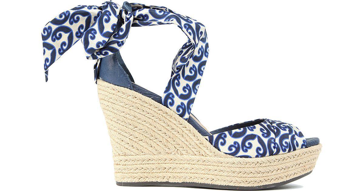 db7490022b0d UGG Lucianna Marrakech Silk Wedge Sandals in Blue - Lyst