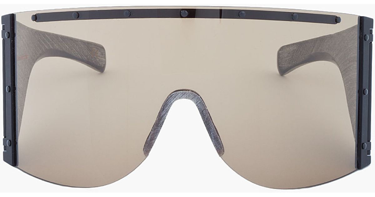e633b2c1d63aa Rick Owens Oversize Grey Etched Buffalo Horn Shield Sunglasses in Gray for  Men - Lyst