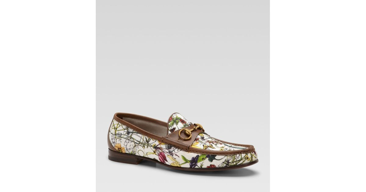 8c94c6e60fe Lyst - Gucci Mini Infinity Flora Canvas Loafers in Natural for Men