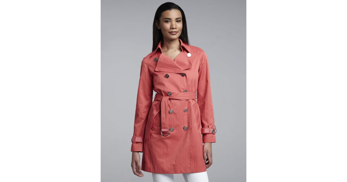 7105a3c4a4fdd Lyst - Elie Tahari Lilah Trench Jacket in Pink