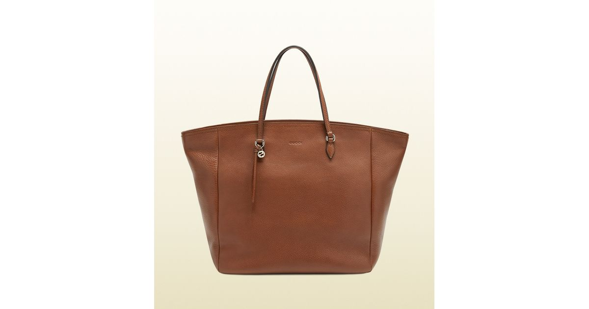 824ef4e289c Lyst - Gucci Bree Leather Tote in Brown