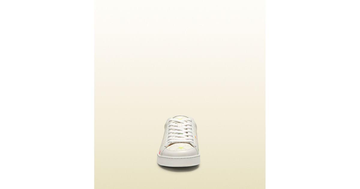88a62103cb7 Gucci Brooklyn Gg Supreme Stars Canvas Sneaker in White for Men - Lyst