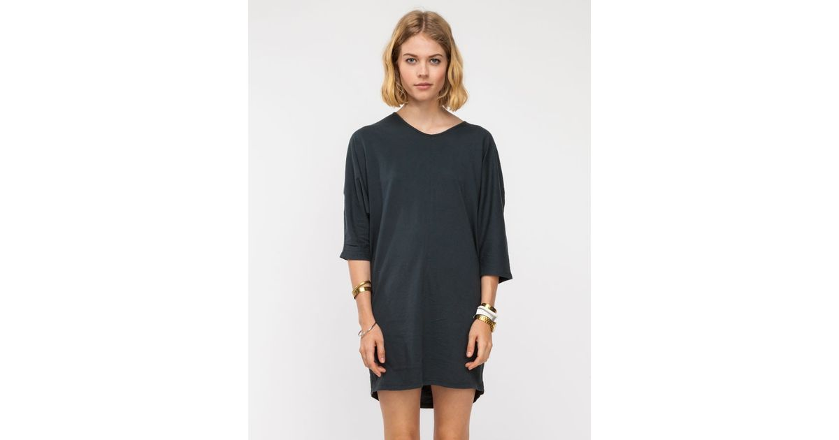 Black crane long tee dress