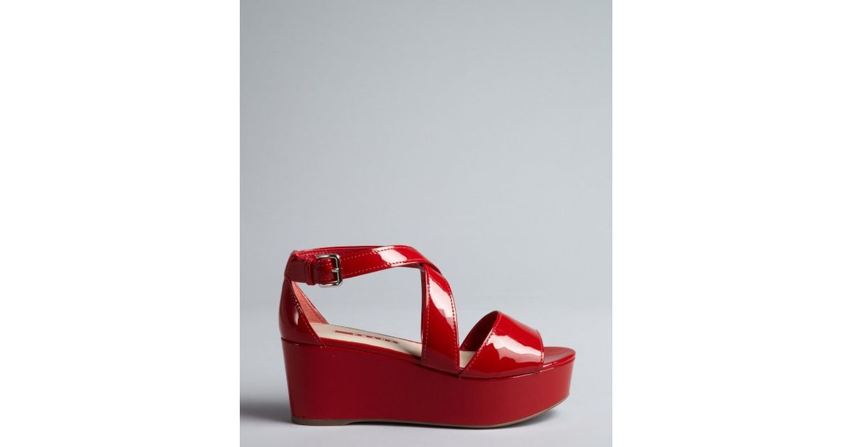 809368d76f8 Prada Sport Firetruck Red Patent Leather Platform Sandals in Red - Lyst