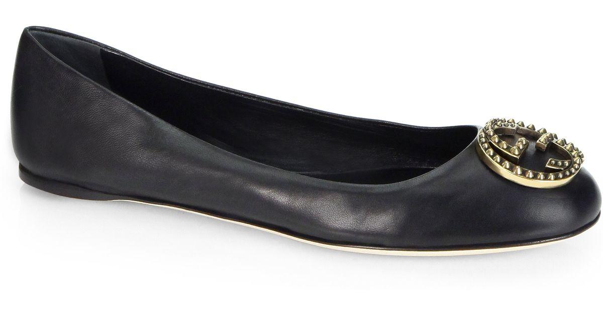 1cf01ac86b7d Lyst - Gucci Leather Logo Ballet Flats in Black