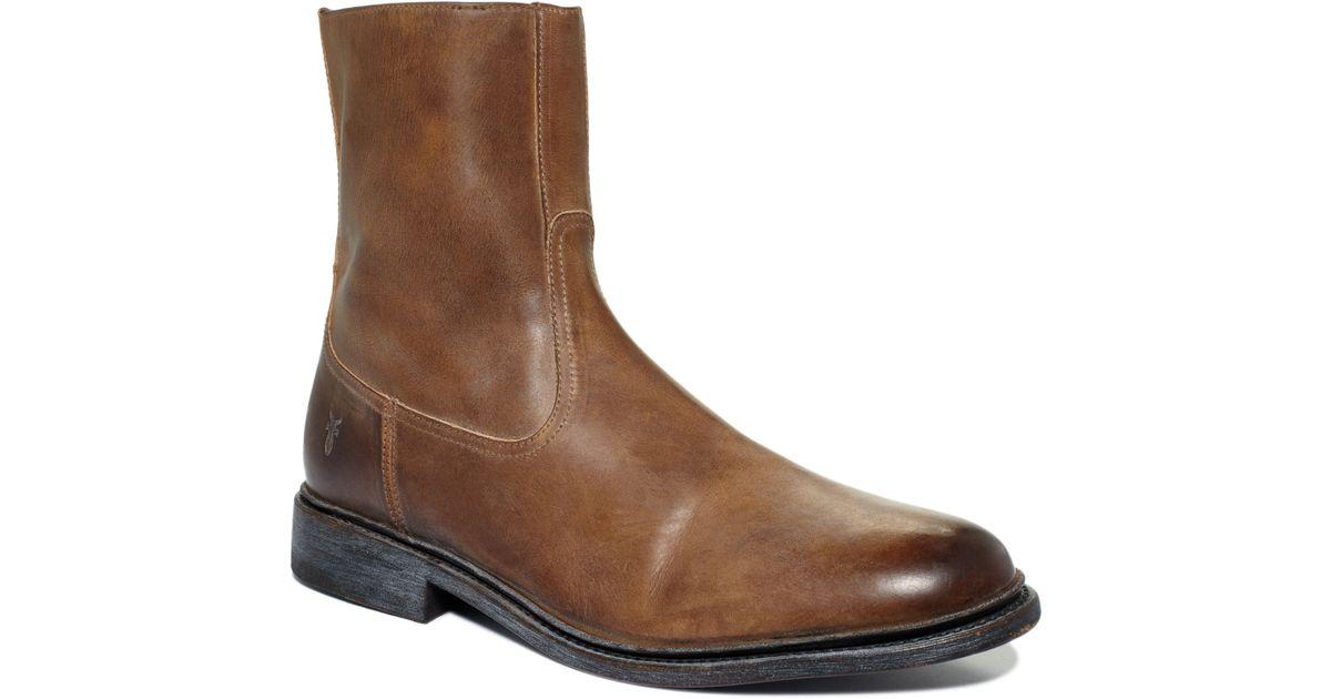 Frye James Inside Zip Boots in Tan
