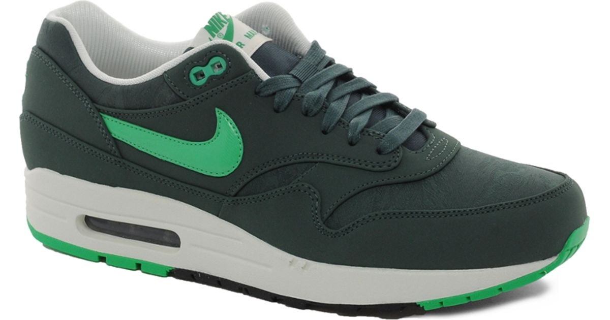 green air max trainers