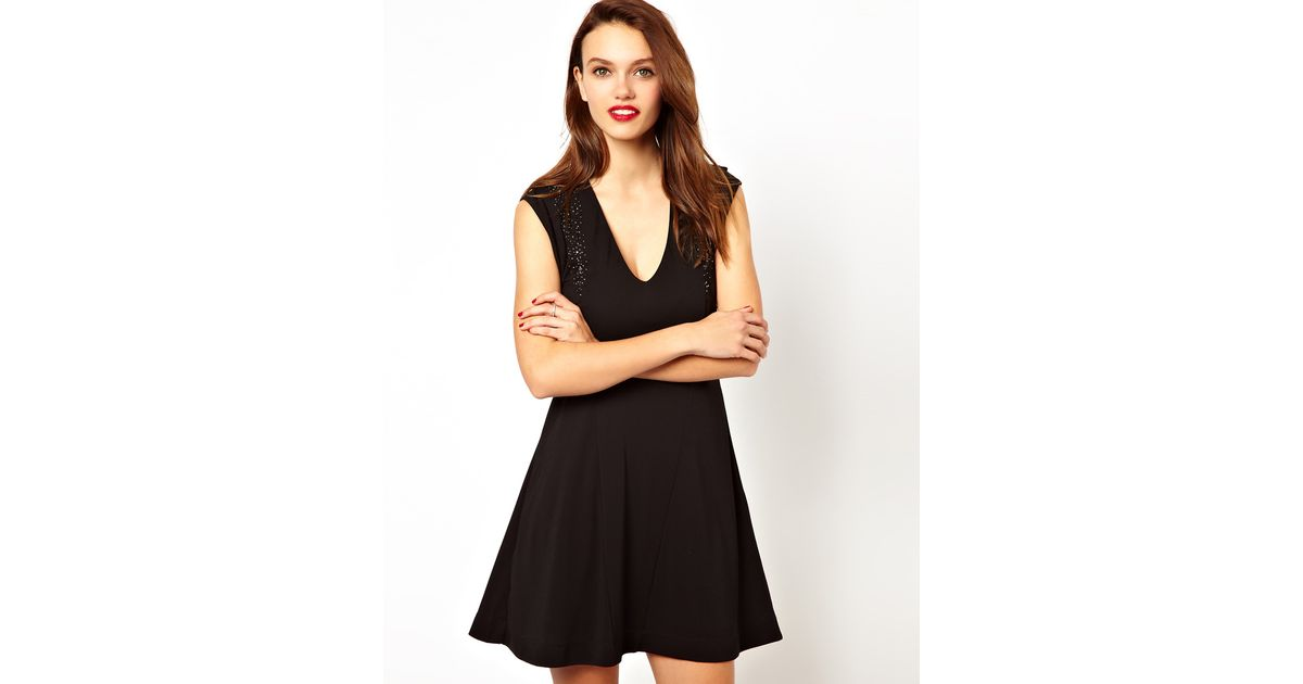 Lyst French Connection V Neck Skater Dress With Bead Detailing In
