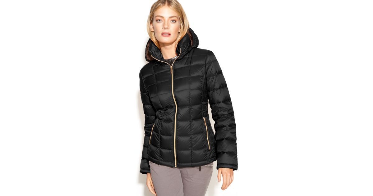 8b4ee0be20a7 Lyst - Michael Kors Michael Hooded Quilted Down Packable Puffer Coat in  Black