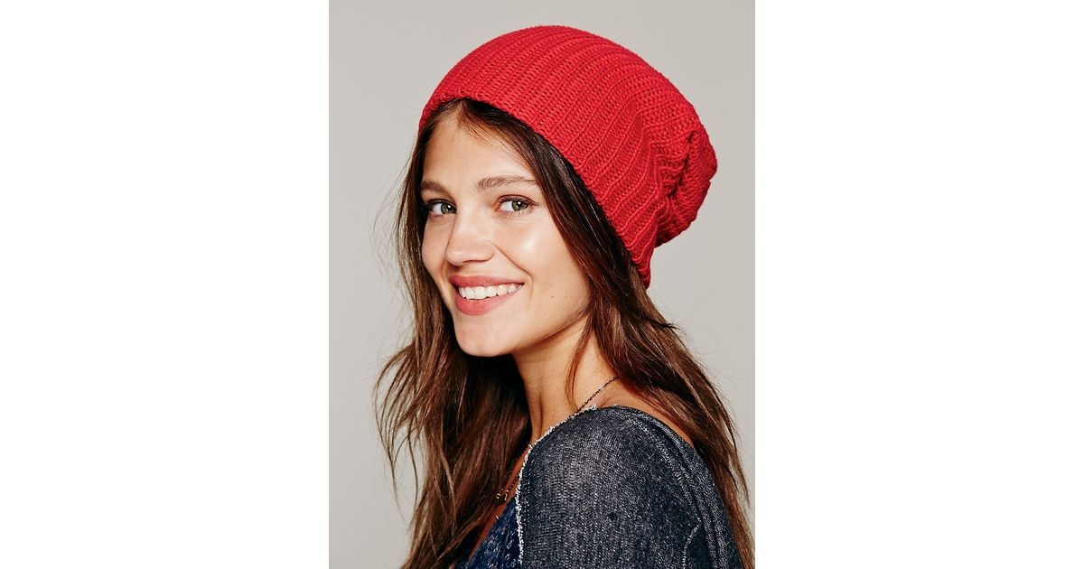 Free People Womens Capsule Slouchy Beanie in Red - Lyst 2fa415493b3d